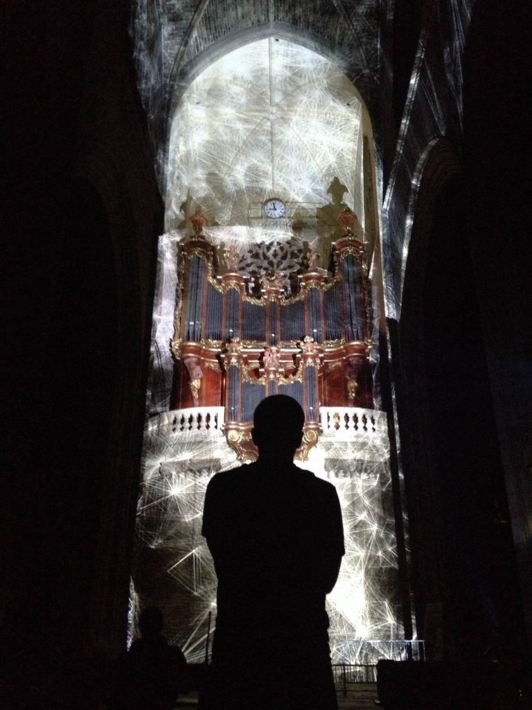 ARTEFACT BASILIQUE SAINT-MICHEL - projections video-mapping performance exposition bordeaux arts visuels
