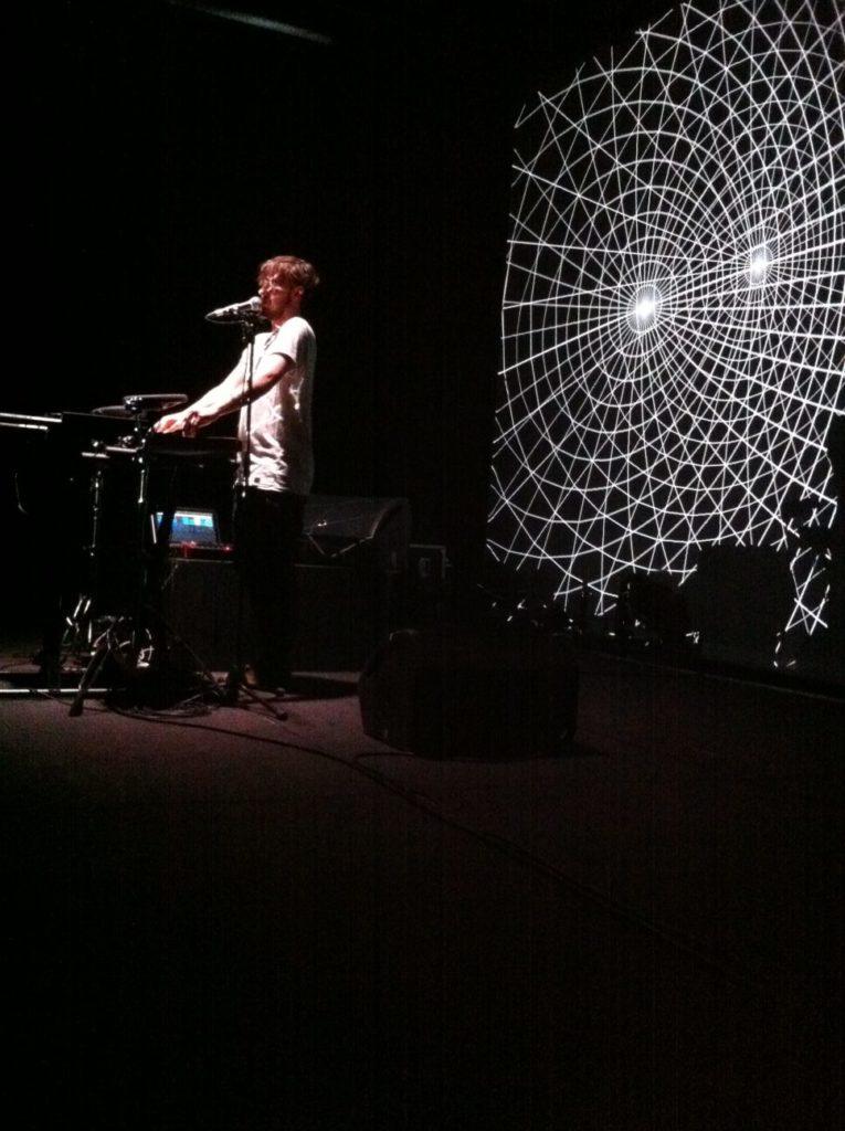 Awir Leon SDBX performance concert musique electronique video-mapping bordeaux